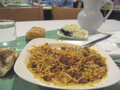 Mangez-moi, mangez-moi, mangez-moi [Karine] Cantine_assiette