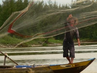 Pêcheur sur le Mékong