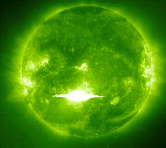 eruption_solaire_X17_2003