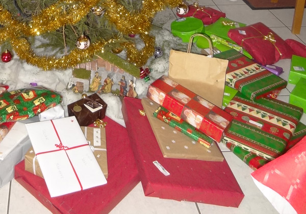 Papier cadeau recycle noel