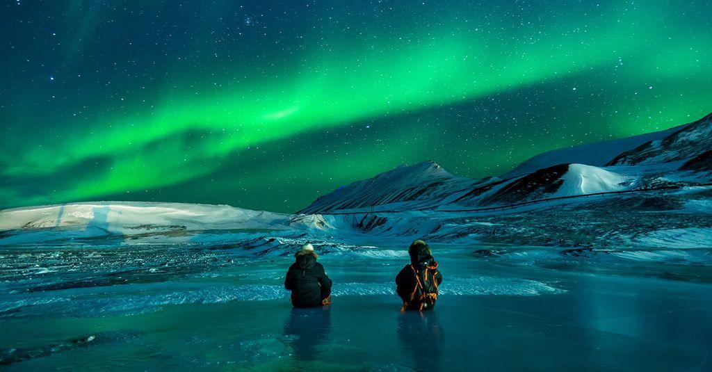 Ces lieux réels dignes d'un RP Aurore-boreale-Svalbard