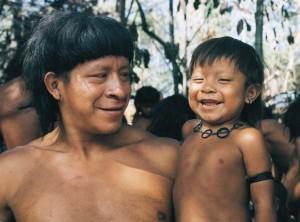 Les Nations unies adoptent la Déclaration des peuples indigènes