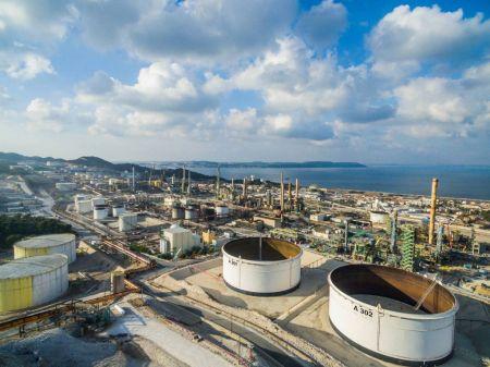 La bioraffinerie de Total importe au moins 300 000 t d'huile de palme par an