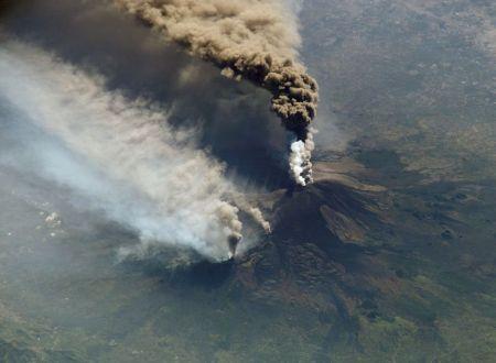 Quand l'Etna se réveille : des éruptions spectaculaires